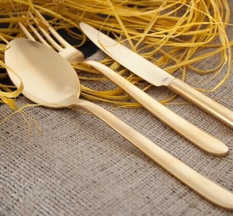 NARIN - Pladies Matt Gold 18pc / 42pc Cutlery Set