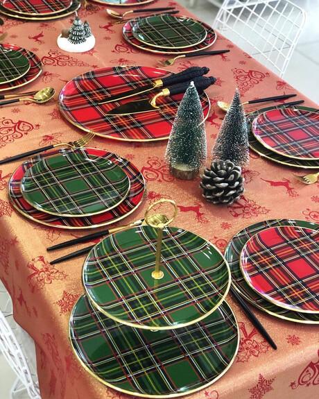 Scottish Green Serving Stand - Thumbnail