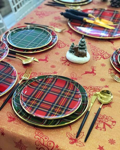 Scottish Red 6pc Dessert Plate Set 20cm - Thumbnail