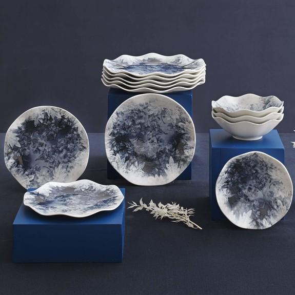 GURAL - 'Winter Leaves 24-Piece Dinnerware Set